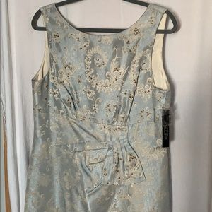 NWT Tahari dress brocade , beaded 12